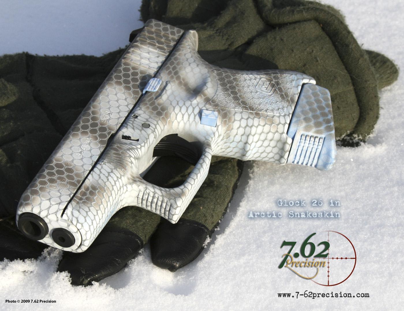 glock 17 gen3 flat dark earth 9mm - limited edition Arctic-snake-glock-36