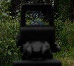 Reticle at low daylight setting. Click images for larger view.